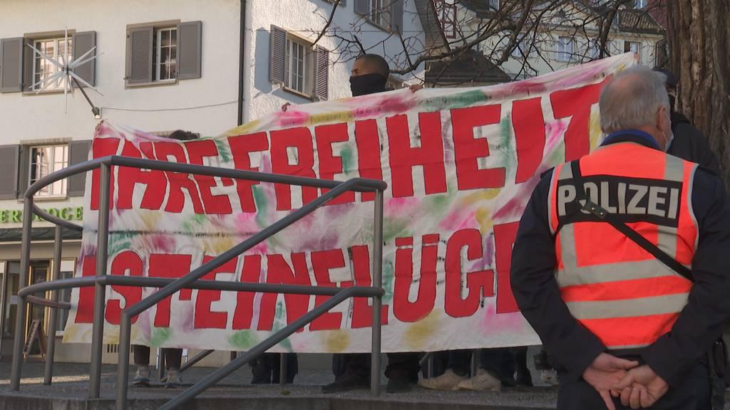 Polizisten angegriffen: Tumulte bei Corona-Demo in St. Gallen