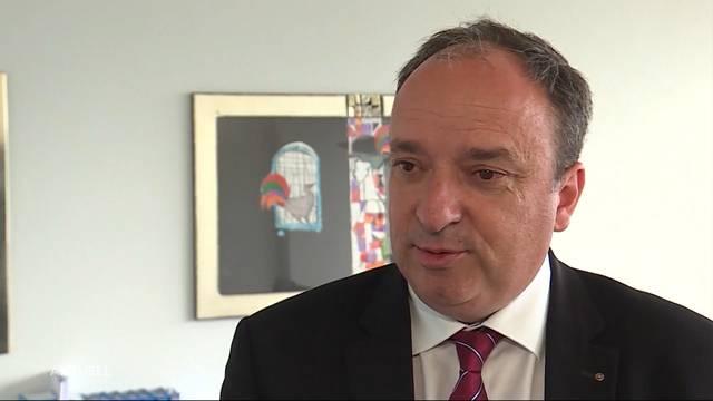 Aargauer Staatsangestellte kämpfen mit Motivationsproblemen – so erklärt sich das der Finanzdirektor