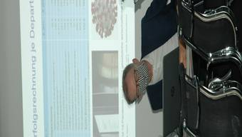 Stadtrat Daniel Leupi (Grüne) und Thomas Kuoni, Direktor der Finanzverwaltung, erläutern das Stadtzürcher Budget 2021.