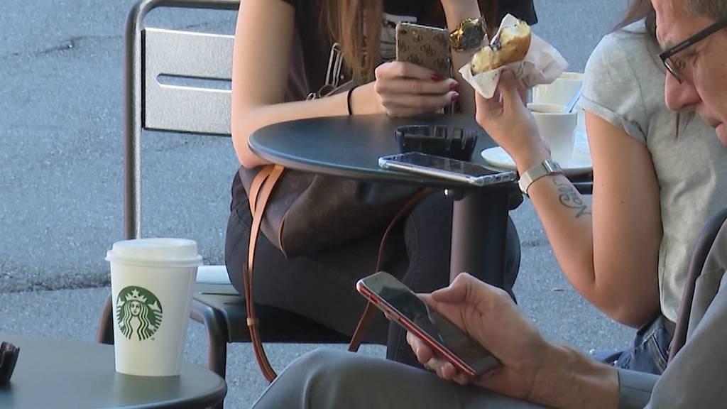 Beunruhigende Zahlen: Jugendliche sind täglich vier Stunden online