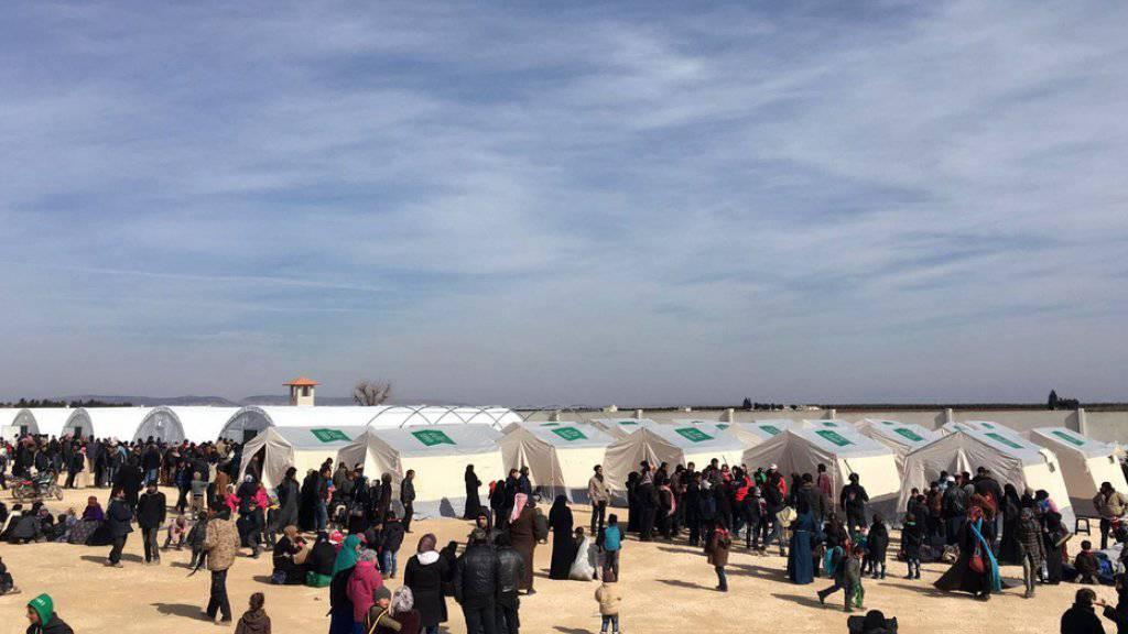 80'000 Flüchtlinge aus Aleppo sollen dereinst in einem Zeltlager in der Türkei Platz finden. (Symbolbild)