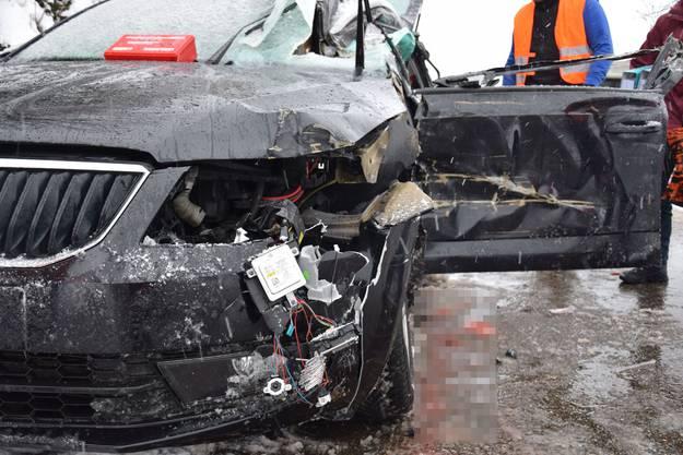 Auslöser des Unfalls war ein ins Schleudern geratener Lastwagenanhänger.