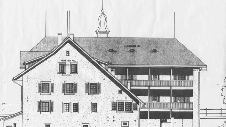Die Wohnungen werden durch Lauben erschlossen, die ehemalige Scheune erhält zusätzliche Fenstereinbauten.