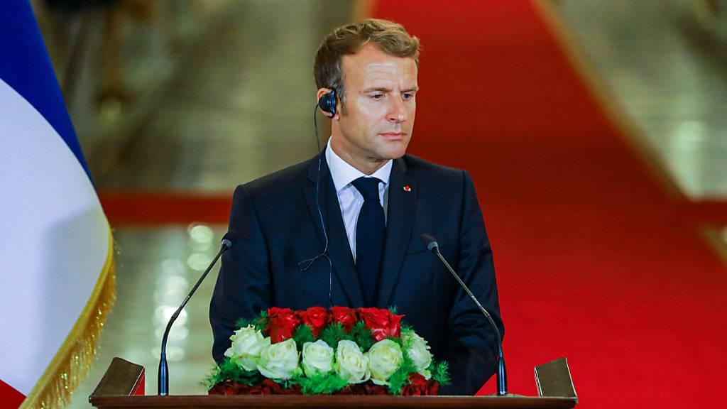 Frankreich Präsident Emmanuel Macron gibt im Irak eine Pressekonferenz. Foto: Ameer Al Mohammedaw/dpa