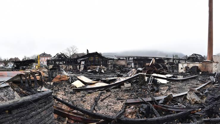 So siehts auf dem Gelände nach dem Brand aus.