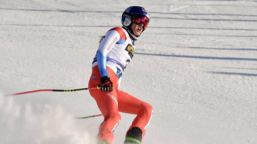 Fanny Smith holt einen weiteren Weltcupsieg und sicherte sich zum dritten Mal die Gesamtwertung der Skicrosser.