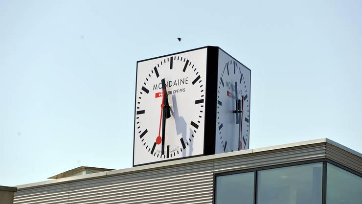 Gerichtlich bestätigt: Die Markenrechte an der «M-Watch» gehören der Biberister Mondaine. (Archiv)
