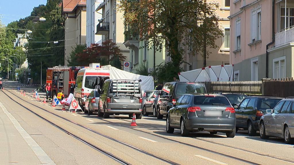St. Gallen: 22-Jähriger prügelt unablässig auf 46-jährige Frau ein - dann wird er erschossen