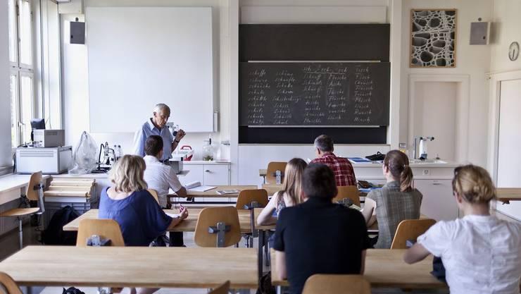 Wegen dem Lehrermangel mussten im Aargau Schulklassen auch schon auf ihre Lehrer verzichten