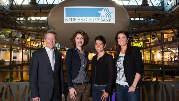 Mitglieder der Jury (vlnr): Peter Bühlmann, Sina, Sibylle Lichtensteiger, Judith Wernli