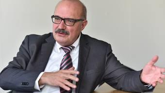 Wählervotum im 1. Wahlgang hin oder her: Kurt Henzmann (59), seit 1997 Gemeindepräsident von Niedergösgen, tritt eine sechste Amtsperiode an und will den Zeitpunkt seines Rücktritts selbst bestimmen. Bruno Kissling/Archiv