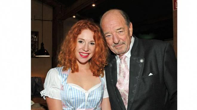 Die Unzertrennlichen: Unternehmerin Laura Käfer mit Hitproduzent Ralph Siegel. Foto: Keystone