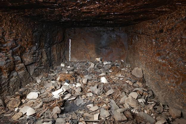 Die Grabkammer beherbergt unzählige wertvolle Schätze.