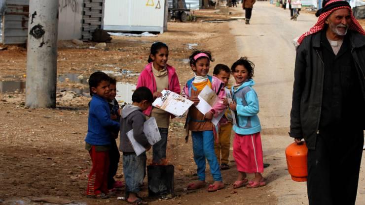 Syrische Kinder in einem Flüchtlingslager in Jordanien (Archiv)