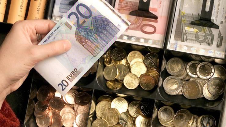 Die europäische Zentralbank EZB hat die jährliche Obergrenze für die Herstellung von Euro-Münzen festgelegt. (Symbolbild)