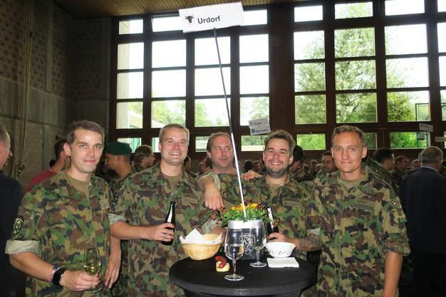 Die aus der Armee entlassenen Soldaten aus Urdorf.