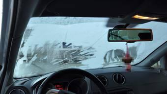 Die Autoscheiben waren nicht gekratzt: Fahrer bekommt 15'400 Franken Geldstrafe und 2000 Franken Busse. (Symbolbild)