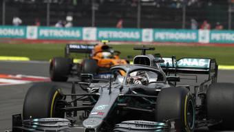 WM-Leader Lewis Hamilton auf dem Weg zu seinem 10. Saisonsieg im Grand Prix von Mexiko