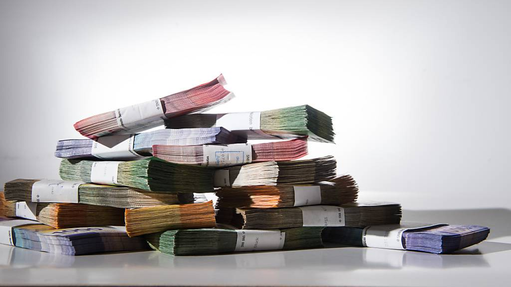 Grösste Bündner Pensionskasse erhöht Sparbeiträge deutlich