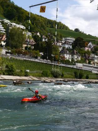Die Disziplinen Wildwasser-Abfahrt und Wildwasser-Slalom erinnern an den Skisport