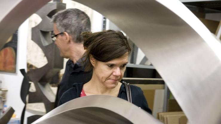 Im Atelier des verstorbenen Dietiker Künstlers Josef Staub gab es etliche Chromstahlplastiken zu bestaunen.