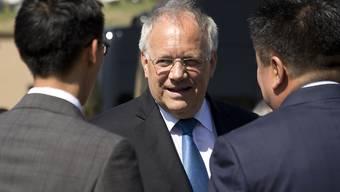 Johann Schneider-Ammann zeigte sich in Ulan-Bator nach dem Gespräch mit EU-Kommissionspräsident Jean-Claude Juncker zufrieden.