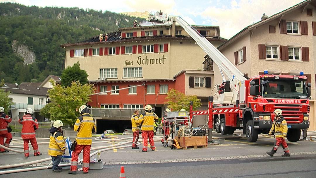 """Brand in Netstal (GL): Grosser Sachschaden bei Feuer im Hotel """"Schwert"""""""