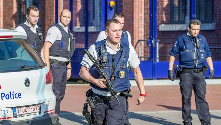 Macheten-Angriff auf Polizistinnen in Belgien