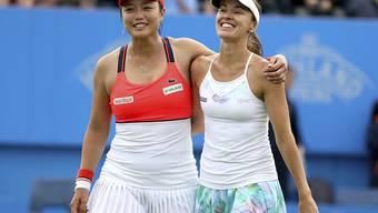 Martina Hingis (rechts) und Chan Yung-Jan winkt in Cincinnati der sechste gemeinsame Titel