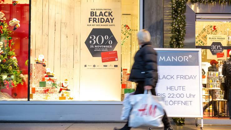 Manor war in der Schweiz«Black Friday»-Pionier. Im Bild die Filiale in Baden.