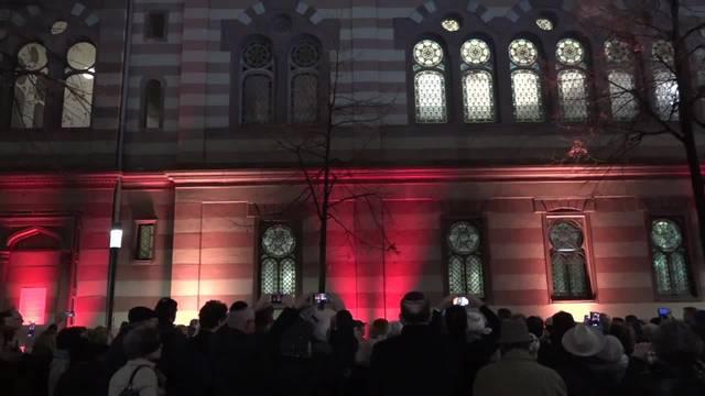 Synagogen leuchten im Gedenken an die Reichspogromnacht