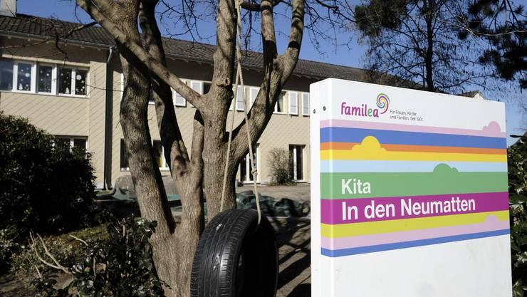 Kita In den Neumatten in Riehen: Am Freitag spielten keine Kinder vor der Kita.