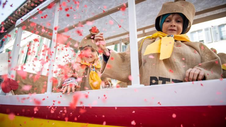 Narre-Nochwuchs-Umzug 2019 in Solothurn