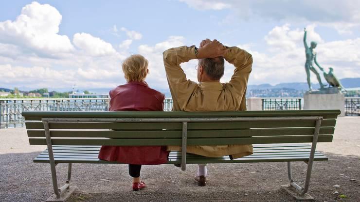Für den Ruhestand von Zürich wegziehen, um Steuern zu sparen? Der Zürcher Regierungsrat will dies verhindern.