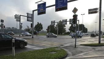 Das 75-Millionen-Bauprojekt sieht vor, die Situation beim Autobahnzubringer in Lenzburg zu entschärfen. (Archiv)