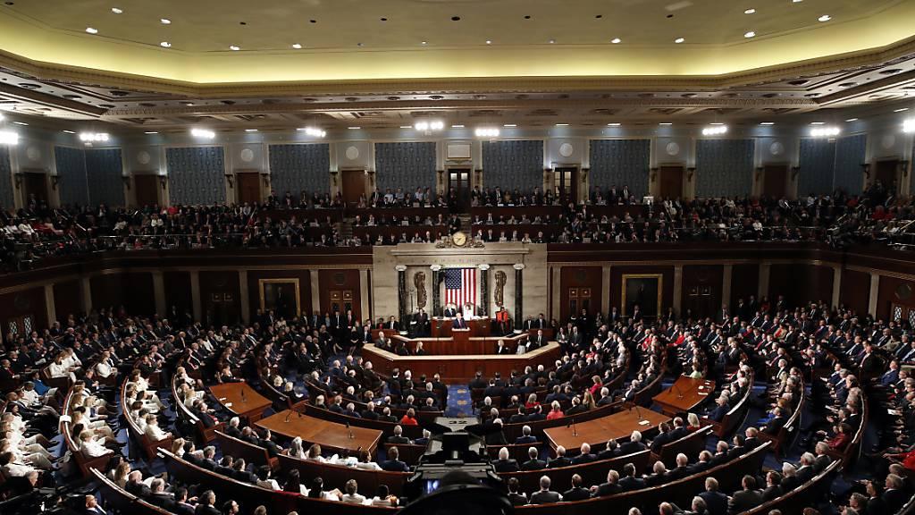 Auch US-Repräsentantenhaus segnet viertes US-Hilfspaket ab