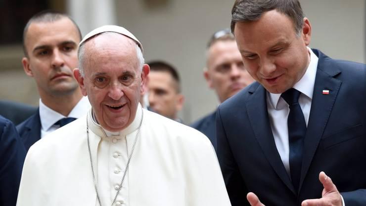 Papst Franziskus mit dem polnischen Präsidenten Andrzej Duda in Krakau.