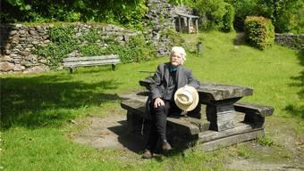 Geschrieben hat Markus Manfred Jung in seiner Zeit in Laufenburg oft auf einer Bank oder an einem Schreibtisch mit Blick auf den Rhein. Bis Ende Mai möchte er aber auch noch vermehrt auf dem Schlossberg (im Bild) die «Magie des Ortes wirken lassen».