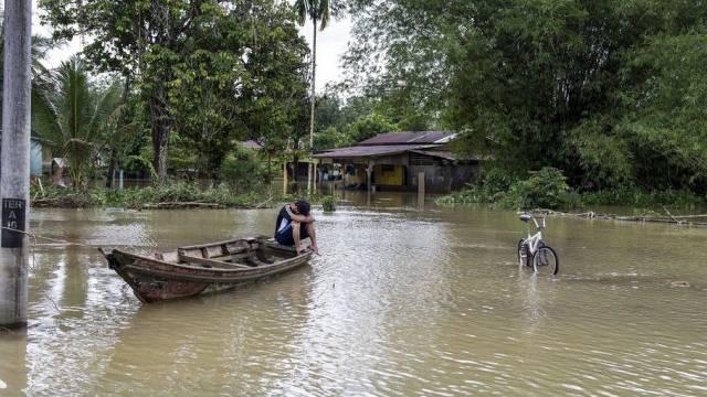 Viele Landstriche Malaysias stehen unter Wasser