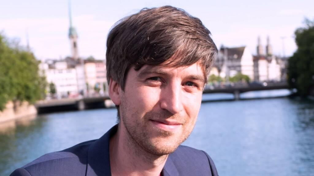 Dr. Lukas Fesenfeld vom Institut für Politikwissenschaft (IPW) und Oeschger-Zentrum für Klimaforschung (OCCR) der Uni Bern hat untersucht, ob die Einsicht, dass Klimaschutz notwendig ist, auch heisst, dass man danach handelt. Sein Fazit: Leider nein. (Pressebild)