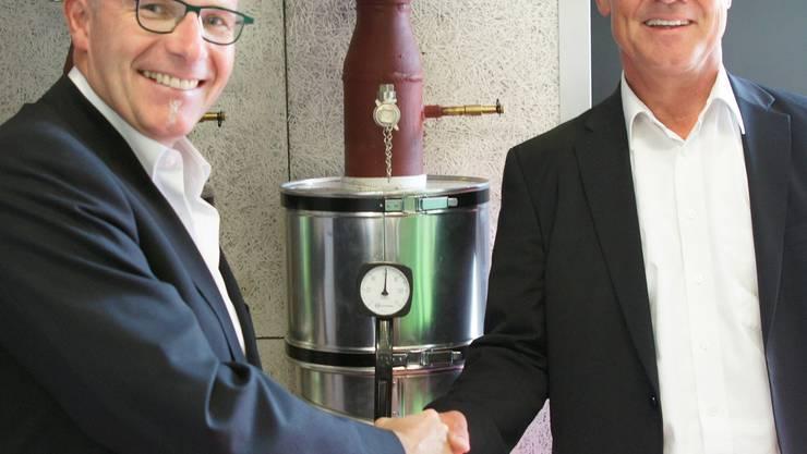 Werner Humbel (Biogasanlage, links) und Thomas Peterhans.