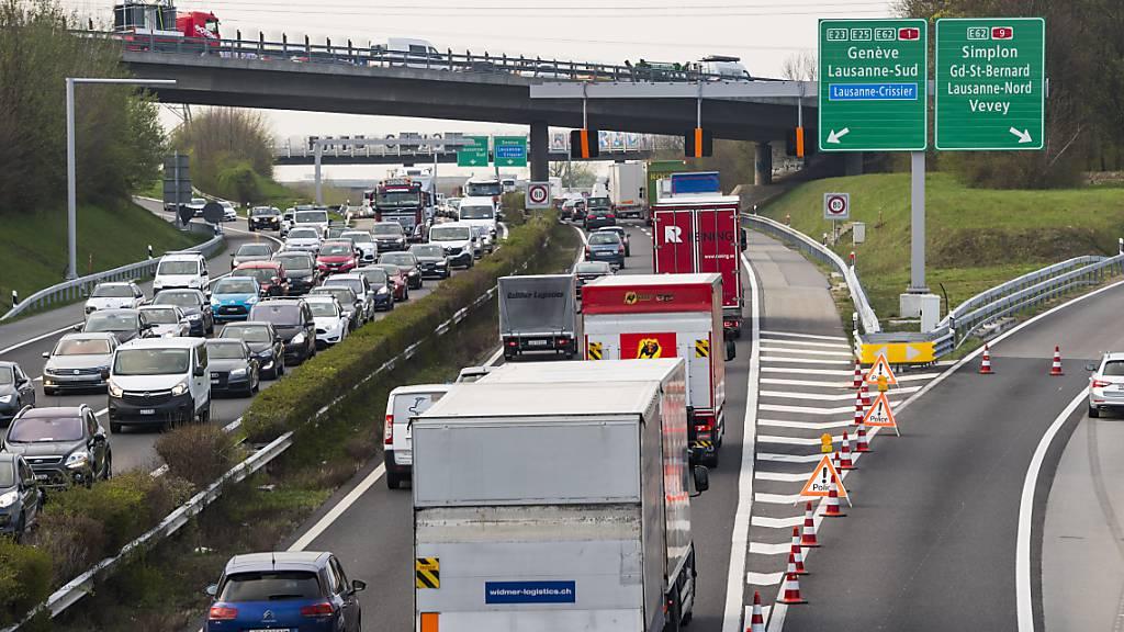 Lastwagentransporte in der Schweiz erreichen Rekordniveau