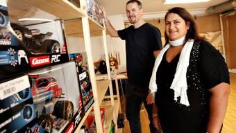 Michael Arn und Alexandra Auster bereiten momentan alles für die Eröffnung vor.