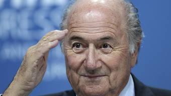 Nach der beschlossenen Statuenänderung am Freitag soll nun Sepp Blatters Lohn öffentlich gemacht werden.