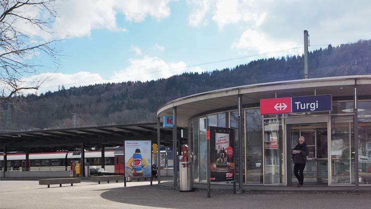 Die wichtigste regionale Veränderung betrifft die Verknüpfung der S29 zwischen Turgi und Aarau mit der S8 von Olten nach Sursee zu einer neuen S-Bahnlinie.