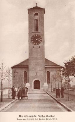 Die Obelisken vor der reformierten Kirche in den Zwanzigerjahren