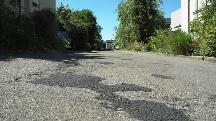 Beispiel Lerchenweg: Für die Sanierung genehmigte der Einwohnerrat im Juni des letzten Jahres einen Kredit von rund 800000 Franken. mhu/Archiv az