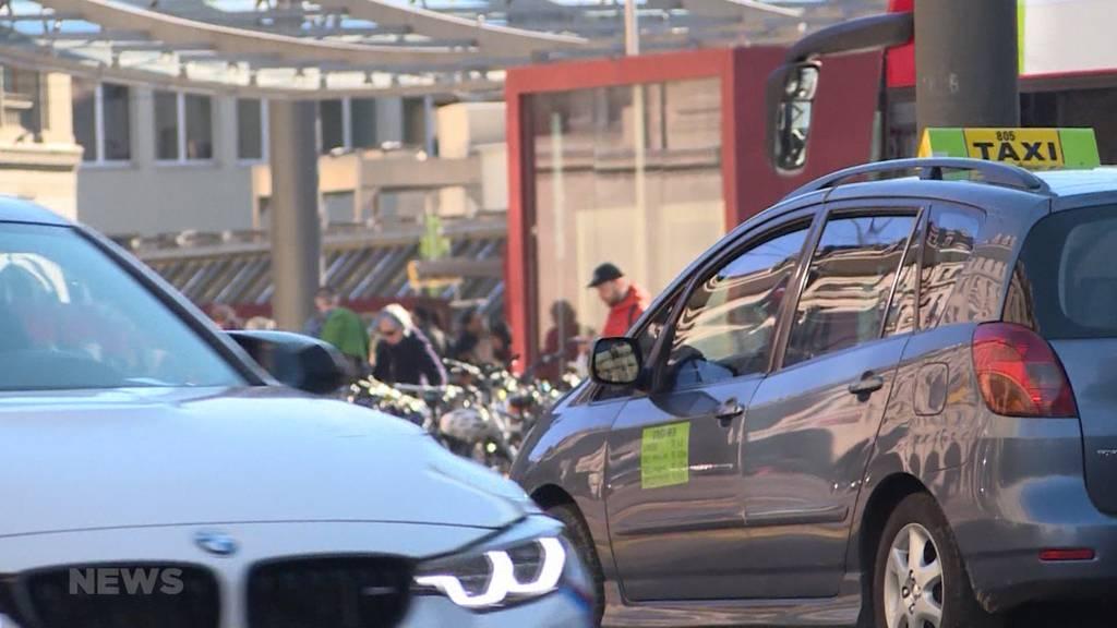 Uber in Bern? Taxiunternehmen und Unia wehren sich