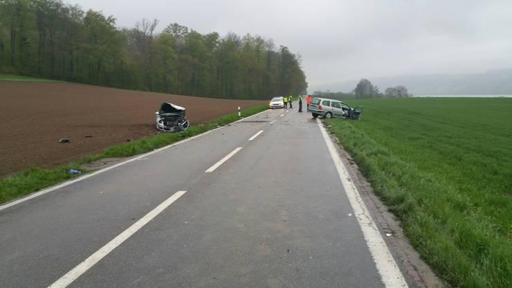 Der Unfall geschah auf der geraden Ausserortsstrecke...