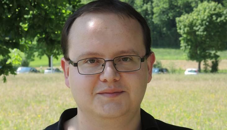 Er kommt von der Uni Erlangen und ist 10 Tage im Gästehaus. Er reist regelmässig für Experimente nach Villigen.